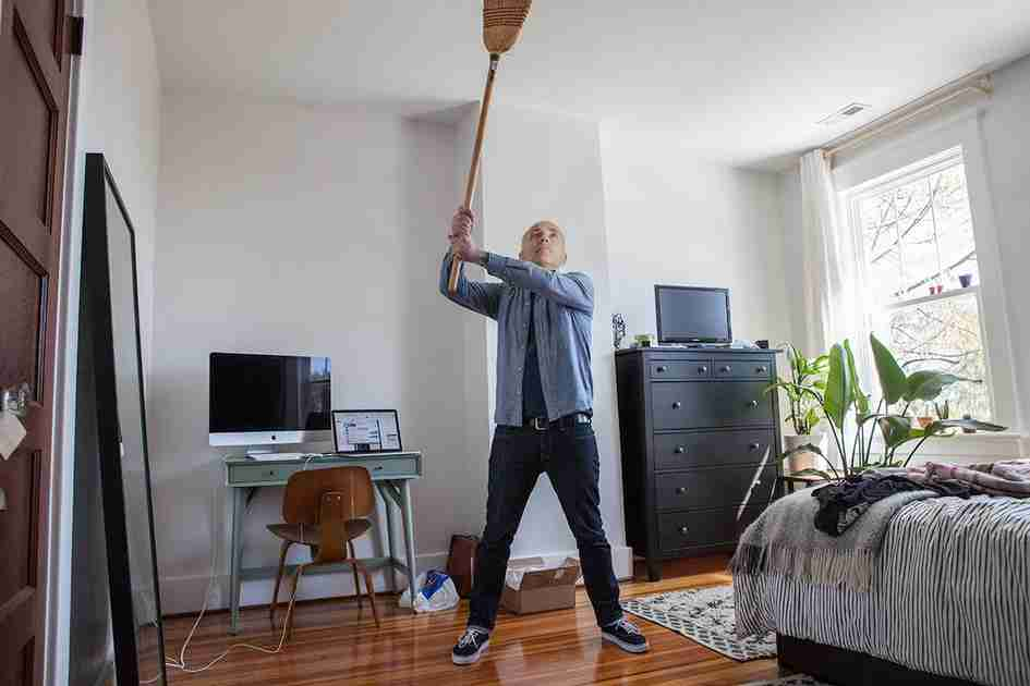 Crate training in an apartment: No more banging on your walls