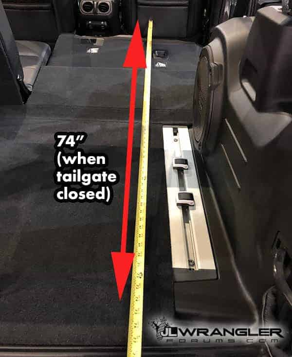 jeep wrangler unlimited trunk dimensions